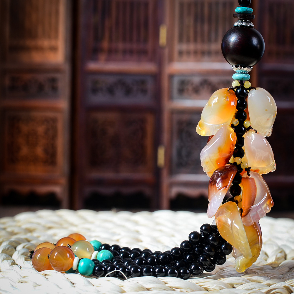 Car pendant jewelry ornaments automotive interior security and peace car stalls rosary beads black onyx crystal beads tassel pendant