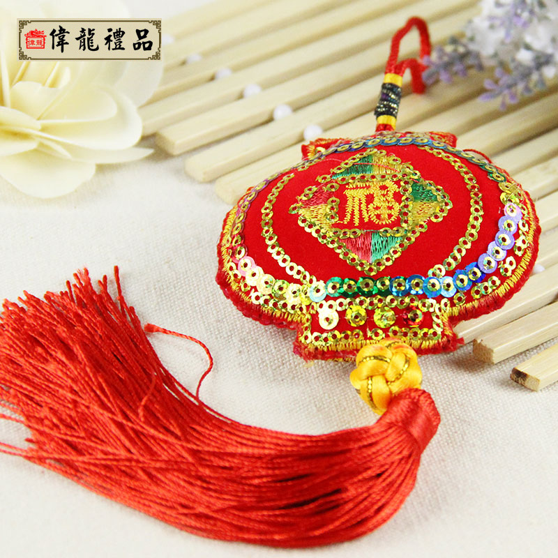 China wind dragon boat dragon boat festival sachet sachet sachet pendant children to send a friend a small sachet sachet ornaments
