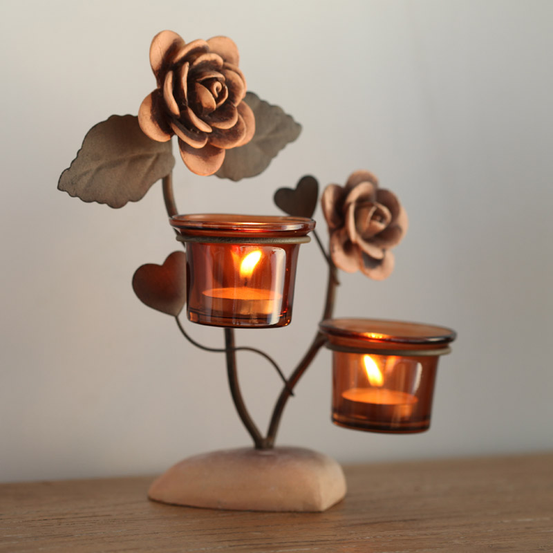 Continental iron candlestick romantic candlelight dinner ornaments roses glass cup holder creative wedding candle lantern
