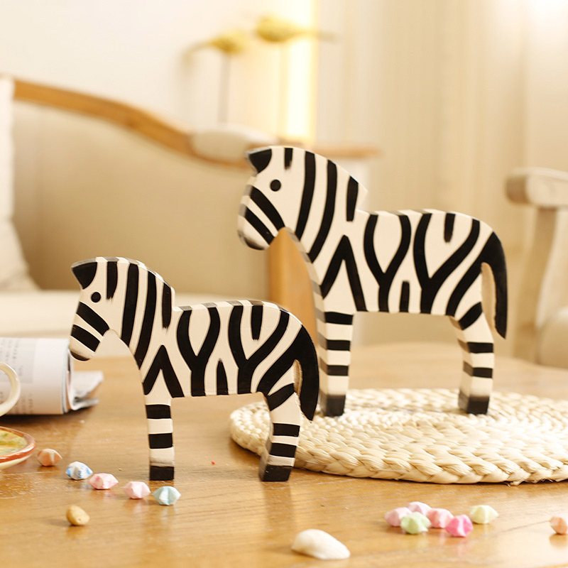 Creative cute wooden crafts home decoration american country painted zebra zebra beautify the living room placed in the matter