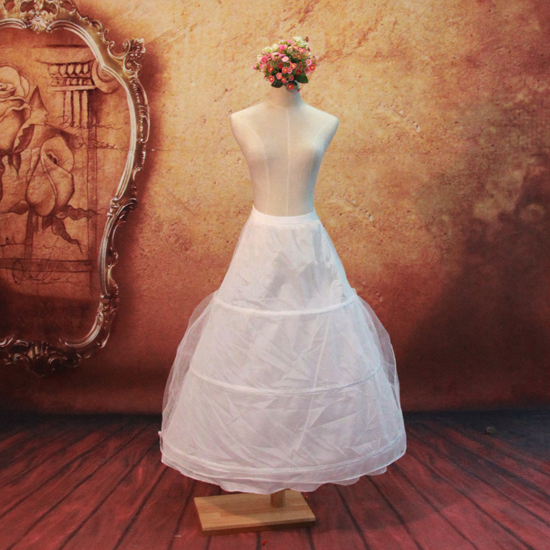 Door of the bride wedding panniers | skirt | petticoat, wedding dress accessories 006