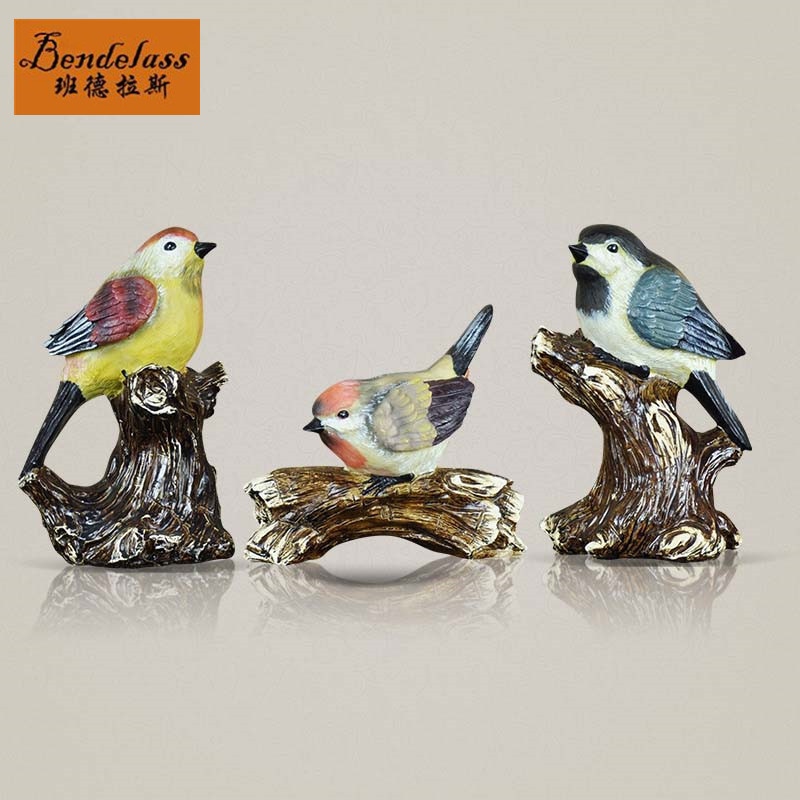 European and american pastoral style rustic bird ornaments hand painted banderas commodity resin craft decoration decorator