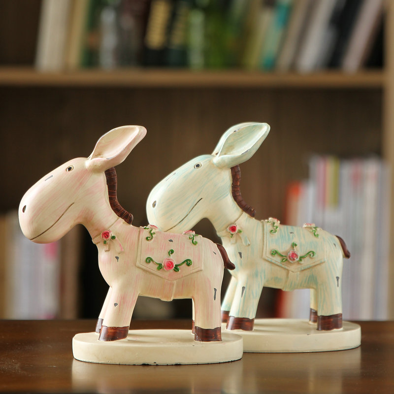European pastoral home decorations ornaments decorate the living room bookcase desk creative small animal donkey crafts furnishings