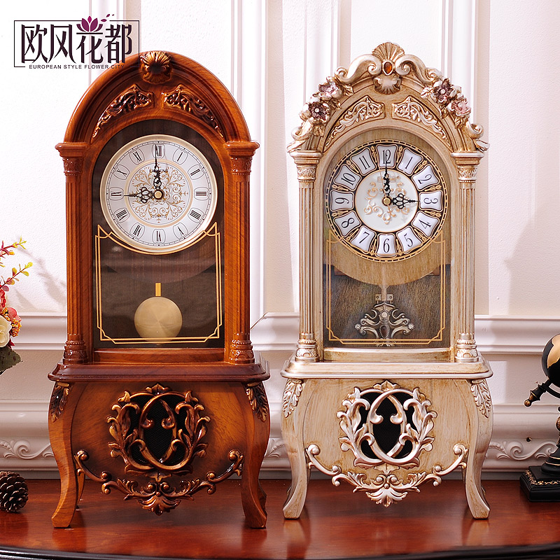 European retro clock parlor clock table clock bedroom with hourly chime clock pendulum clock creative fashion ornaments