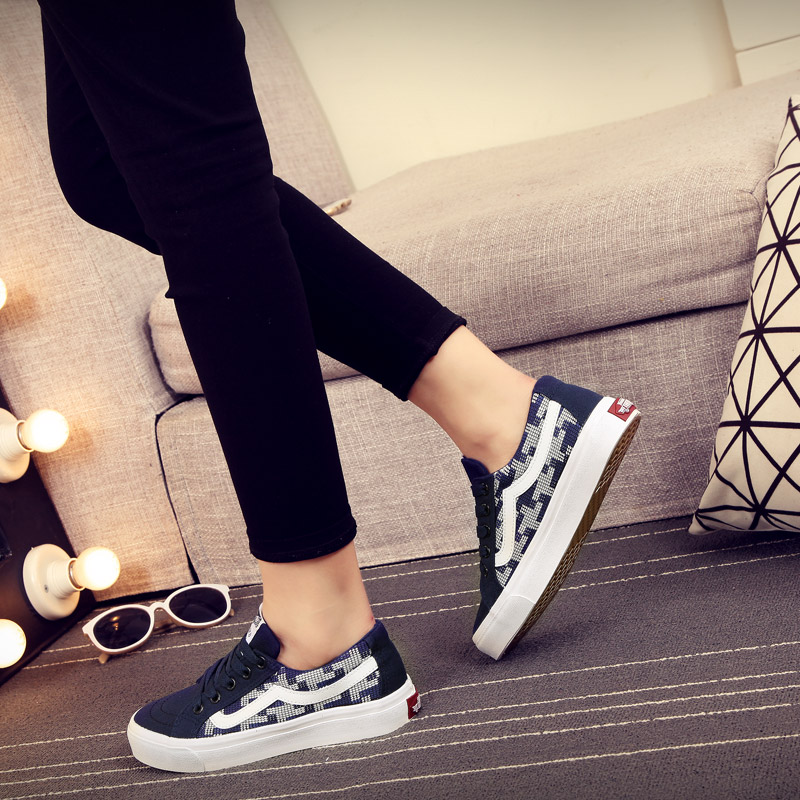 Far wave of summer to help low canvas shoes female korean version of the geometric spell color flat shoes student shoes tide shoes when shang