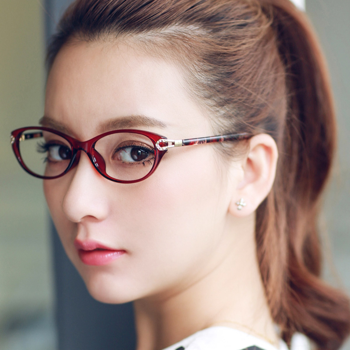 Glasses frame glasses frame female lightweight tr90 frame full frame myopia glasses female glasses female glasses frame female tide can be equipped with a round face chromotropic
