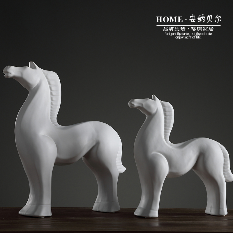 Home decorations ornaments crafts creative modern minimalist living room room entrance tv cabinet furnishings personality horse