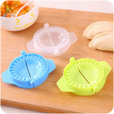 Household manual is pinched dumplings dumplings dumplings dumplings dumplings mold tool wallet safe and nontoxic dumplings device