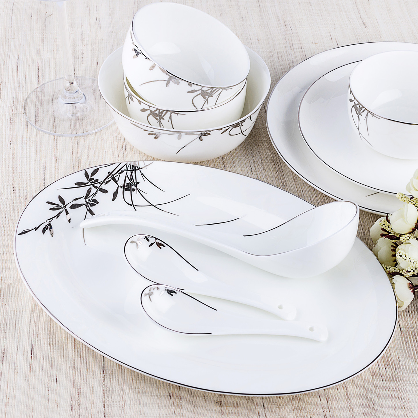 Household suit chinese dishes 20/22/30/48 simple bone china tableware ceramic bowl dish set special