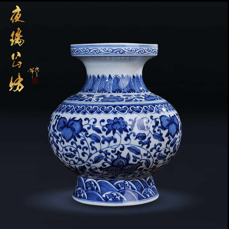 Jingdezhen ceramic antique blue and white porcelain kangxi lantern bottle vase crafts fashion home living room ornaments