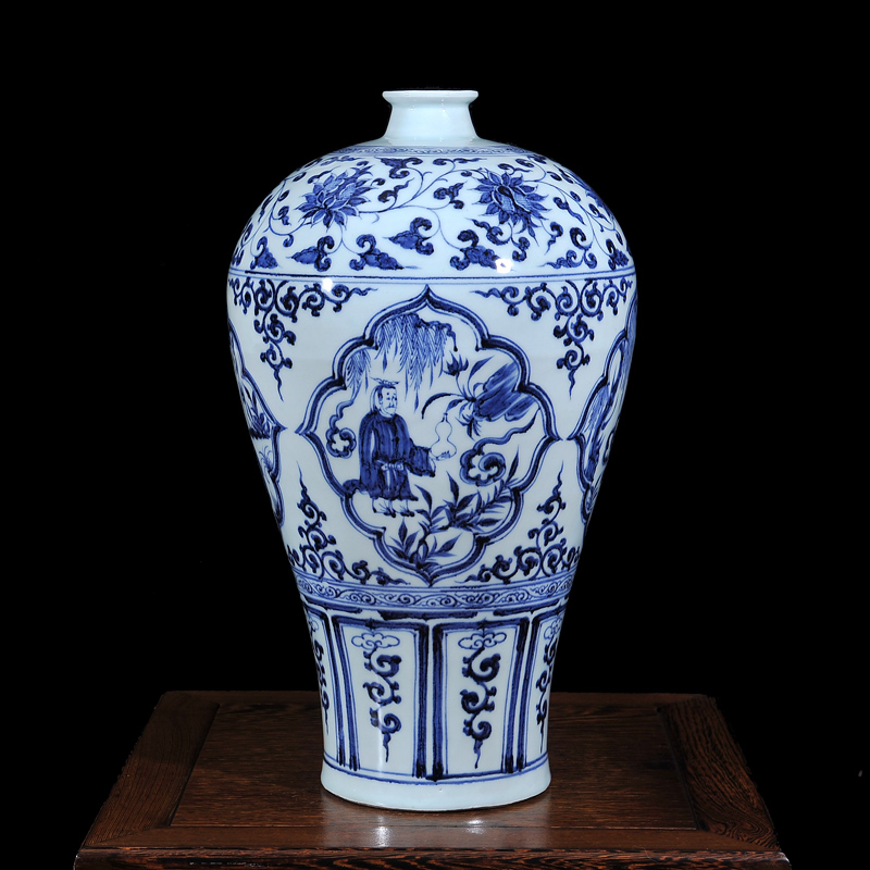 Jingdezhen ceramic imitation of the yuan and ming dynasty blue and white vase home crafts living room tv cabinet fashion ornaments fluke