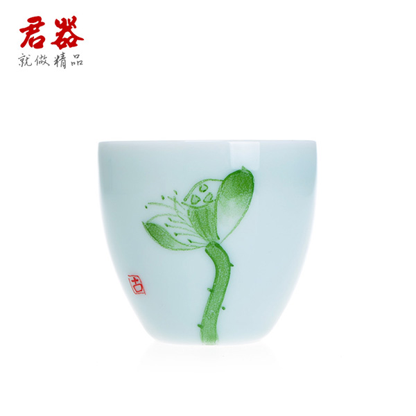 King is longquan celadon ceramics painted blue and white porcelain tea cup kung fu comedy cup ceramic tea cup lotus cup of dependency