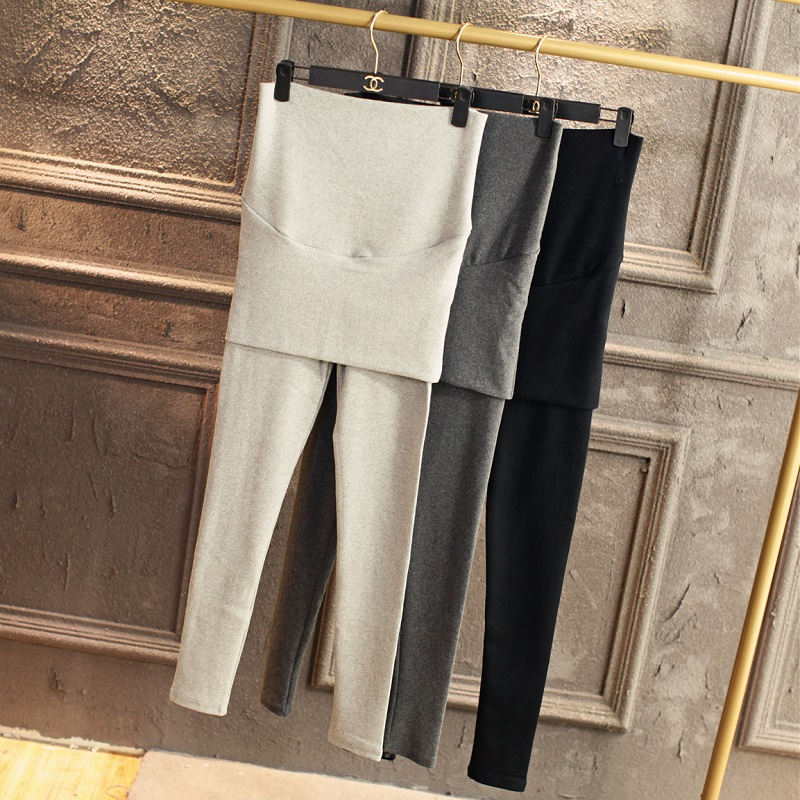 Korean version of casual simplicity maternity leave two pregnant women leggings plus thick velvet bag hip significantly thin feet long pants fall and winter clothes