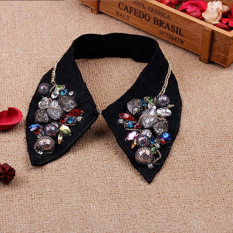 Korean version of the duo of hundreds of millions of respect for decorative false collar pearl collar female korea may ailei si crystal false collar black collar