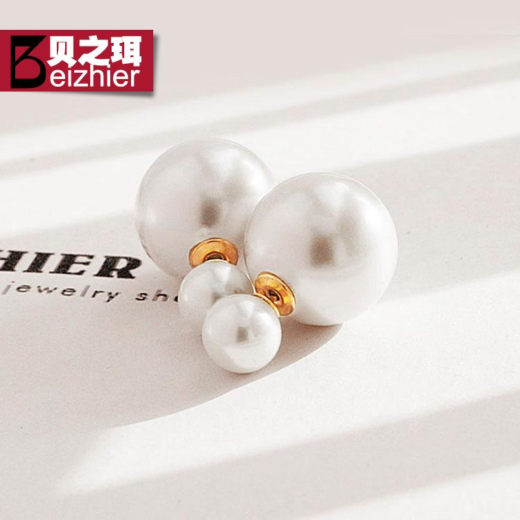Korean version of the front and rear sided pearl stud earrings diamond earrings temperament exaggerated the size of pearl earrings earrings clover female