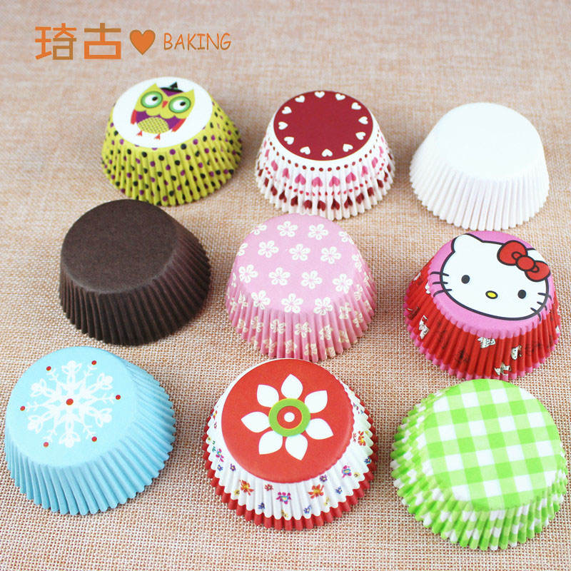 Large baking tray greaseproof paper cups cake snow seductive woman asked cupcake paper asked a stack of about 1 20-25 100个