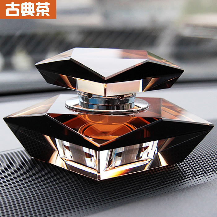 Ling crossing the new type of car perfume car seat car perfume car perfume car seat car ornaments supplies glass models