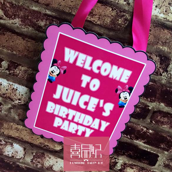 Minnie cartoon theme birthday lying a birthday party custom theme paintings listed welcome doorplates