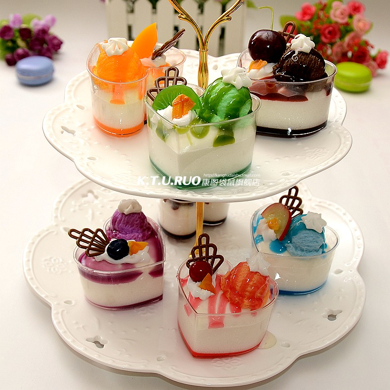 New simulation model of food ice cream ice cream cup cake dessert shop model room decorative furnishings shooting props