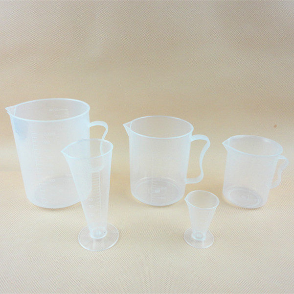 Plastic cup/weighing tools/scale cup/liquid measuring cup 5000 ml with handle 25-50mm2