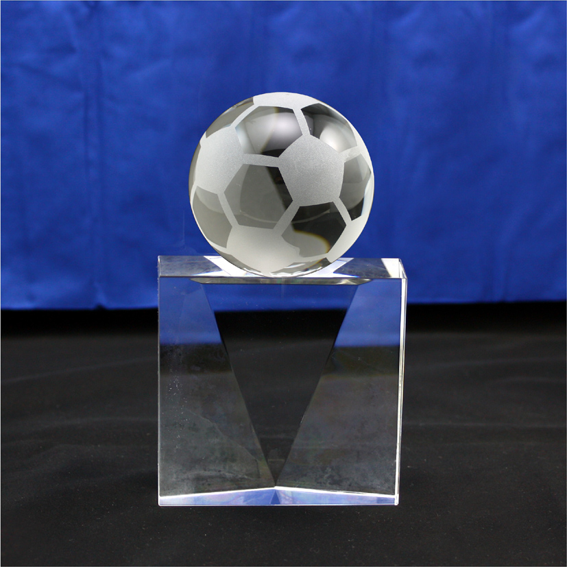 Professional custom crystal trophy/crystal medals/free lettering + logo football crystal trophy custom 201