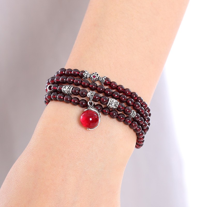 Qian mu natural burgundy garnet crystal bracelets ms. bracelet national wind jewelry genuine 925 silver