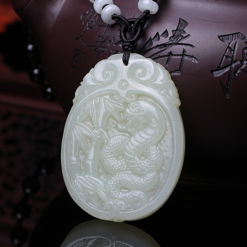 Qiu ze natal jewelry 63,1 twelve zodiac snake necklace and nephrite jade pendant to open the light