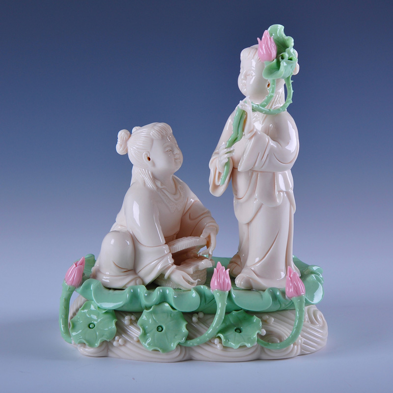 Run induced dehua ceramic wedding gift to send wedding gifts marriage room ornaments valentine's day gift hop immortals