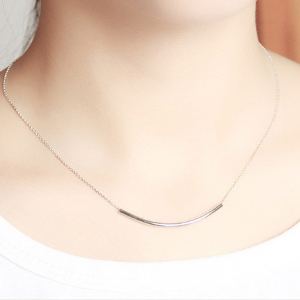 Small crescent s925 silver necklace female short paragraph clavicle chain korean fashion silver jewelry pendant gift accessories