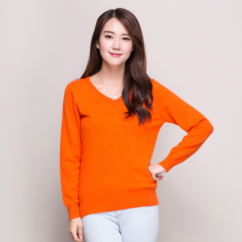 Spring and autumn new round neck cashmere sweater women cultivating wild solid color v-neck sweater hedging sweater short paragraph bottoming shirt