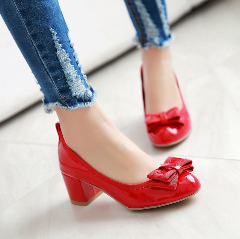 Spring and summer new korean version of sweet bow round shallow mouth thick with the heel shoes to help low shoes patent leather shoes red shoes women shoes