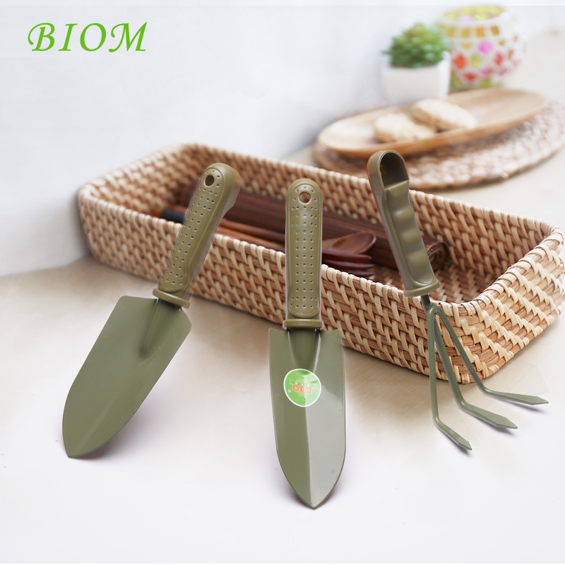Standard beautiful three sets of gardening rake and shovel small balcony potted vegetable and flower gardening vegetable gardening tools shovel