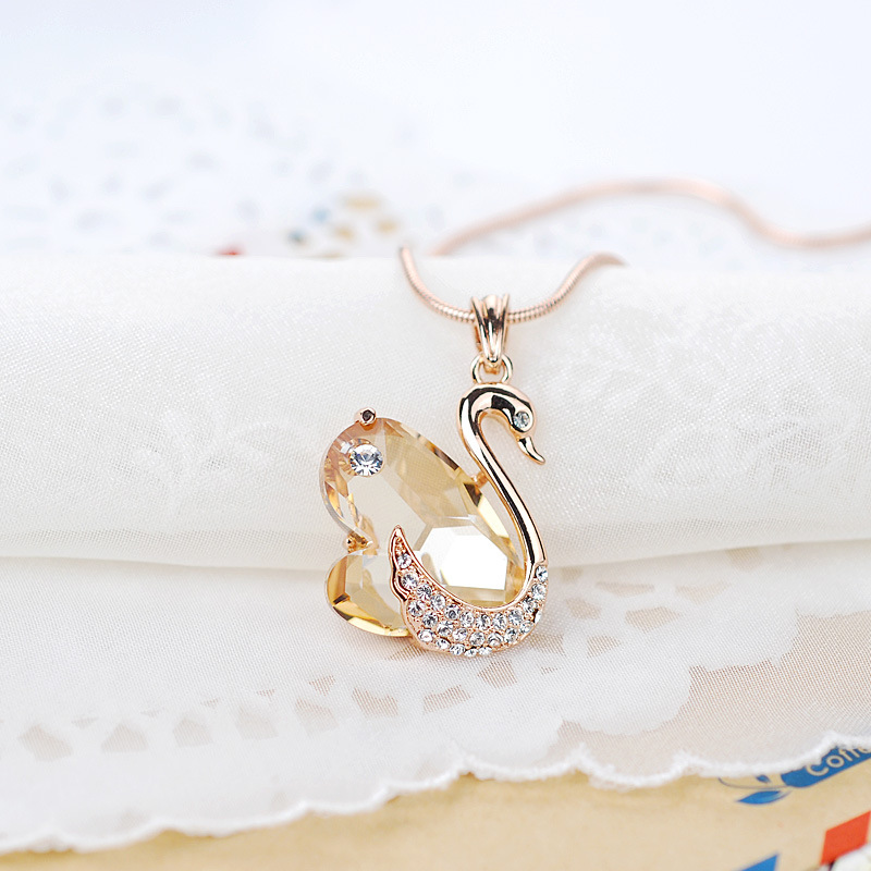Swan exquisite fashion crystal necklace female jewelry alloy inlaid artificial gemstones first jewelry japan and south korea the new samelitter