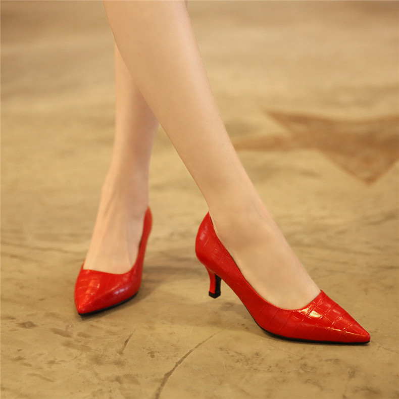 Temperament red fine with professional work shoes shallow mouth with pointed shoes in 5cm single leather shoes shoes women wedding shoes