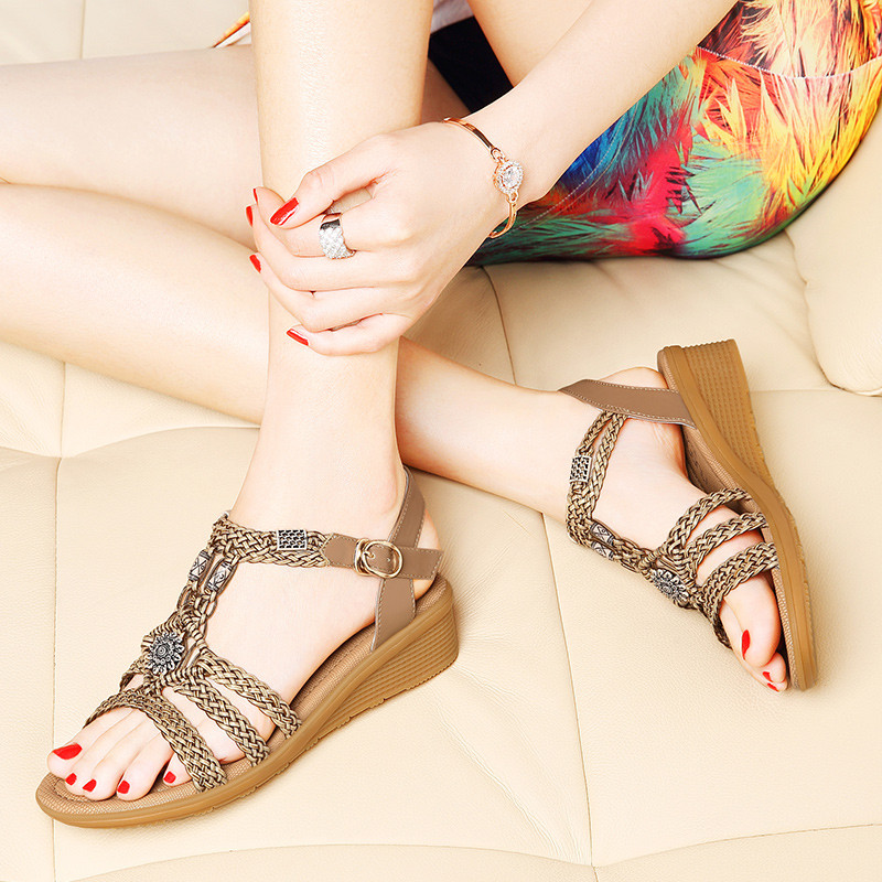 7c80bbe4f1a The new designer fashion slope with sandals in rome with flat heel sandals  waterproof sandals soft