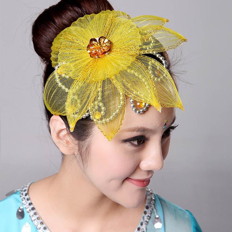 The new headdress costume headdress flower head headdress flower head flower head headdress flower head flower show stage play out