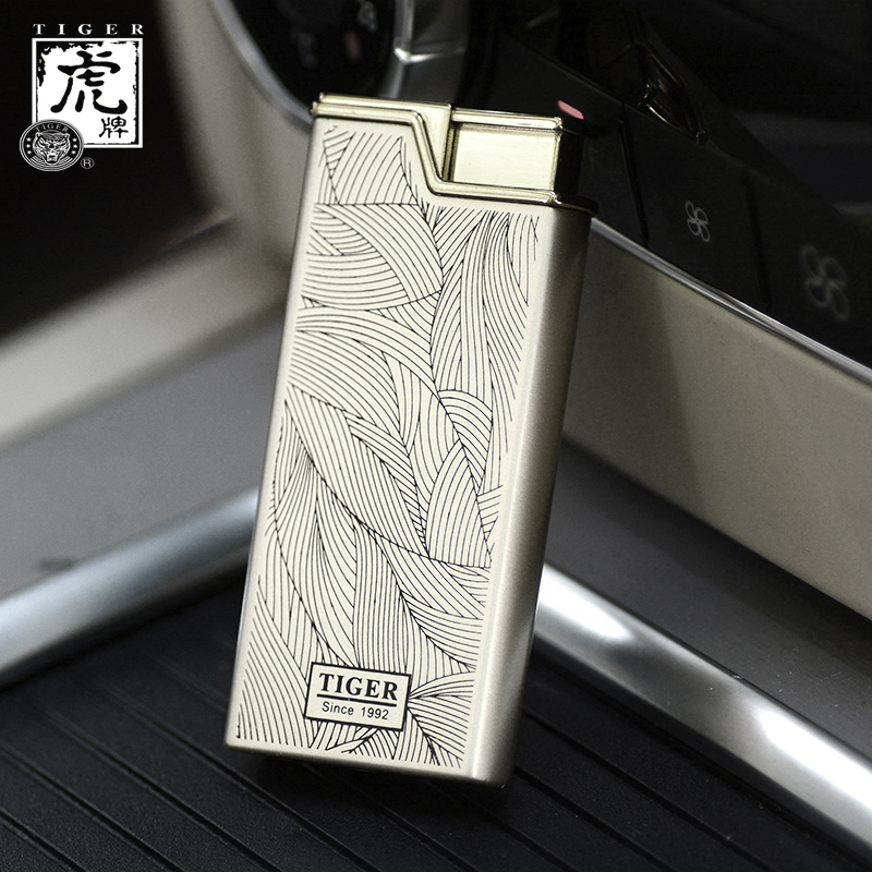 Tiger tiger inflatable thin windproof lighter creative metal men's personalized lettering straight into the cigarette lighter