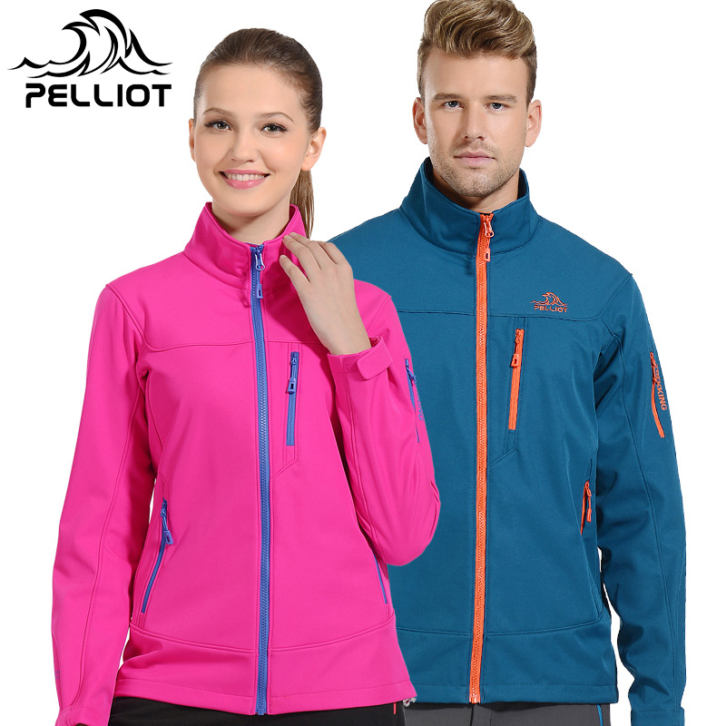 Two [399 yuan] soft shell fleece jackets male couple outdoor waterproof soft shell clothing female spring and autumn coat