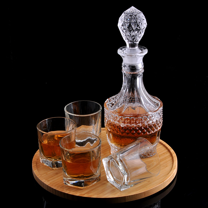 Unleaded crystal decanters wine glass wine bottle with a lid sealed bottle of wine wine wine bottle wine jiuzun