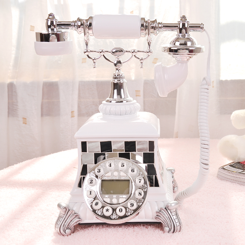 Upscale european antique telephones creative vintage retro fashion home base office telephones bring power