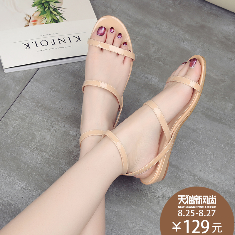 What a 2016 summer new leather patent leather open toe low heel leather sandals women word with flat shoes tide rome