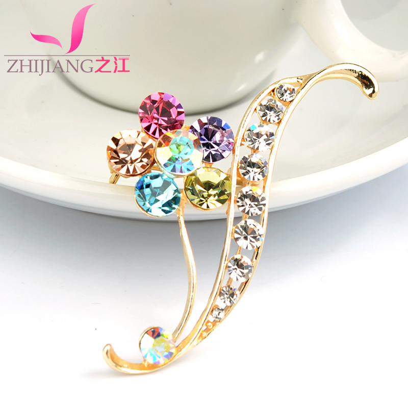 Zhijiang korean diamond flower collar pin corsage brooch pin female sweater sweet crystal simple gift