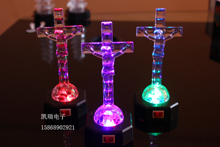 0370 chong cheng electronic flash luminous christmas gifts on christmas eve is yakeli cross nightlight