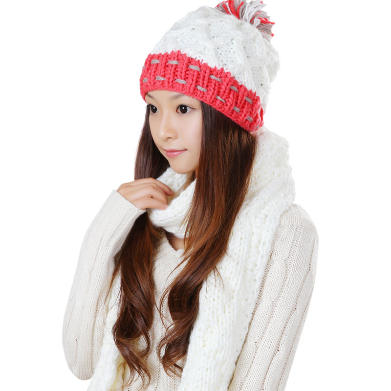Korpi korean version of the influx of autumn and winter hat scarf piece female one warm white suit kit piece suit piece suit 0315