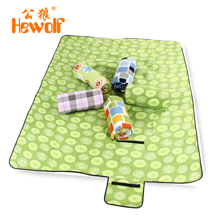 Double male wolf outdoor picnic mat thickening widening oversized waterproof tent pad moisture pad cushion folding cloth