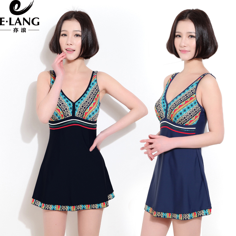 2015 hot springs swimsuit female korean retro big yards siamese boxer swimsuit skirt was thin cover belly gather sexy swimwear