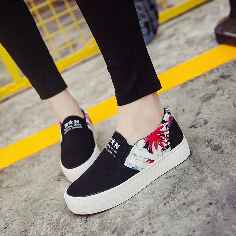 2016 spring black and white canvas shoes women shoes thick crust low to help casual shoes set foot carrefour shoes women shoes korean floral shoes Students
