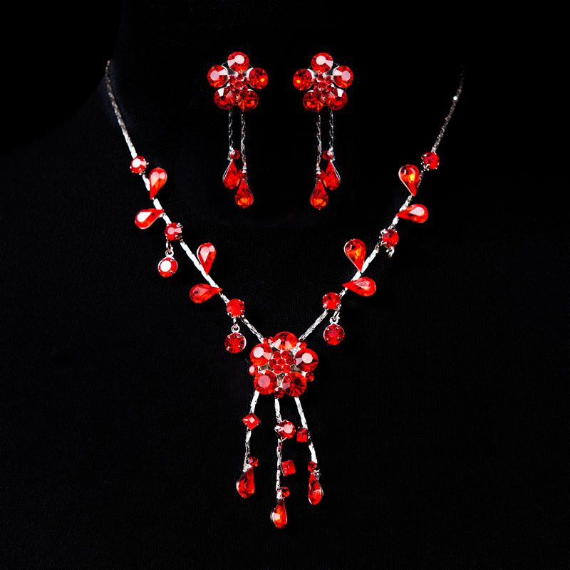 Bride wedding dress bridal accessories wedding necklace earrings korean bridal jewelry piece suit red suit