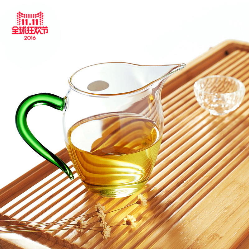 Chen wen thick heat resistant glass to glass tea cup male sub tea tea strainers kung fu tea fair cup of tea sea tea accessories