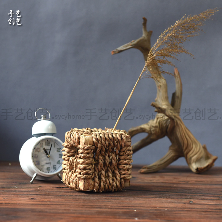 Creative craft handmade bold waterweeds rough style ornaments thicker straw baskets storage baskets finishing box basket